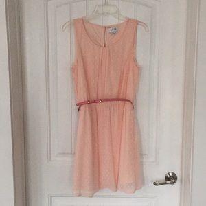ELLE Lightweight Spring Dress Size 8